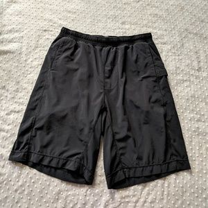 Lululemon athletic shorts Size L